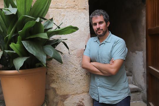 """""""INCONTINÈNCIA I MADURACIÓ"""" entrevista a Jaume C.Pons Alorda a AraBalears (22.07.18)"""
